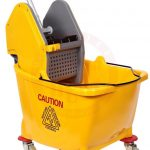 Mop Bucket With Down Press Wringer 32 Ltr 73923